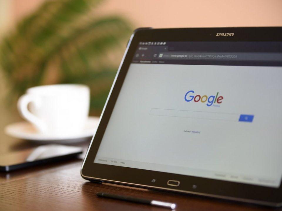 comment effectuez une recherche sur Google ou saisissez une URL