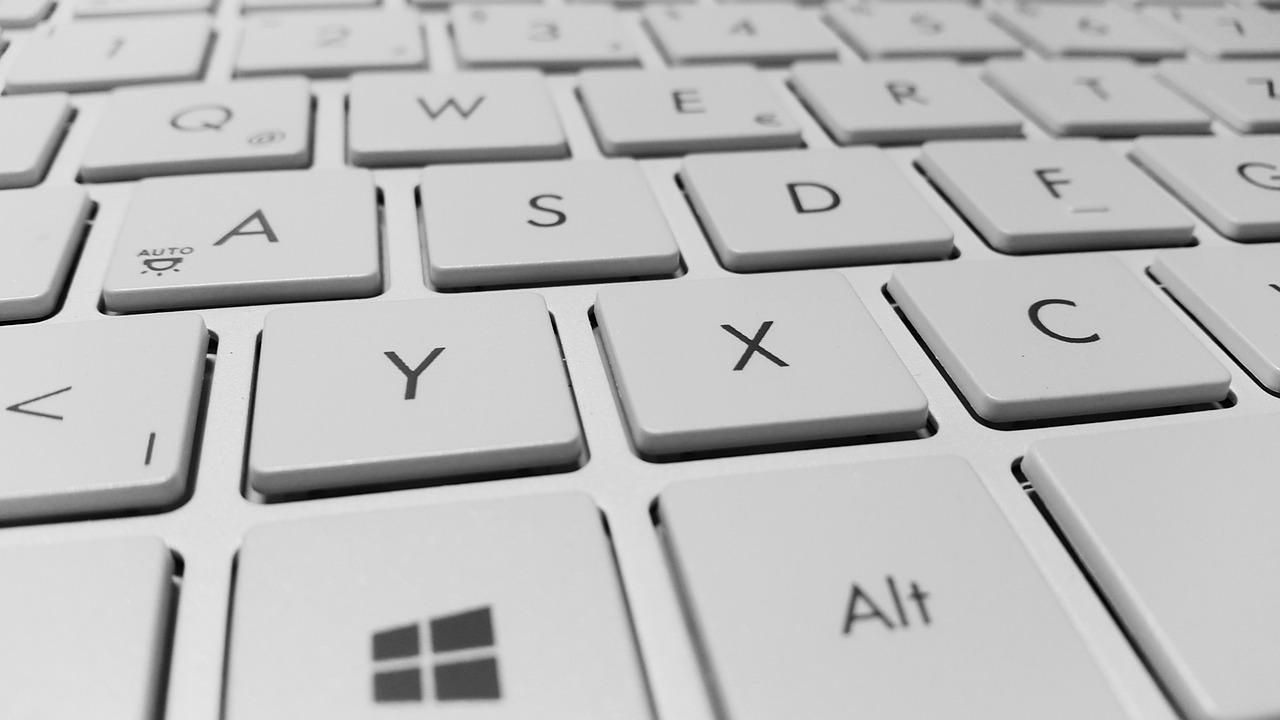 rechercher un mot dans un texte en ligne la commande universelle